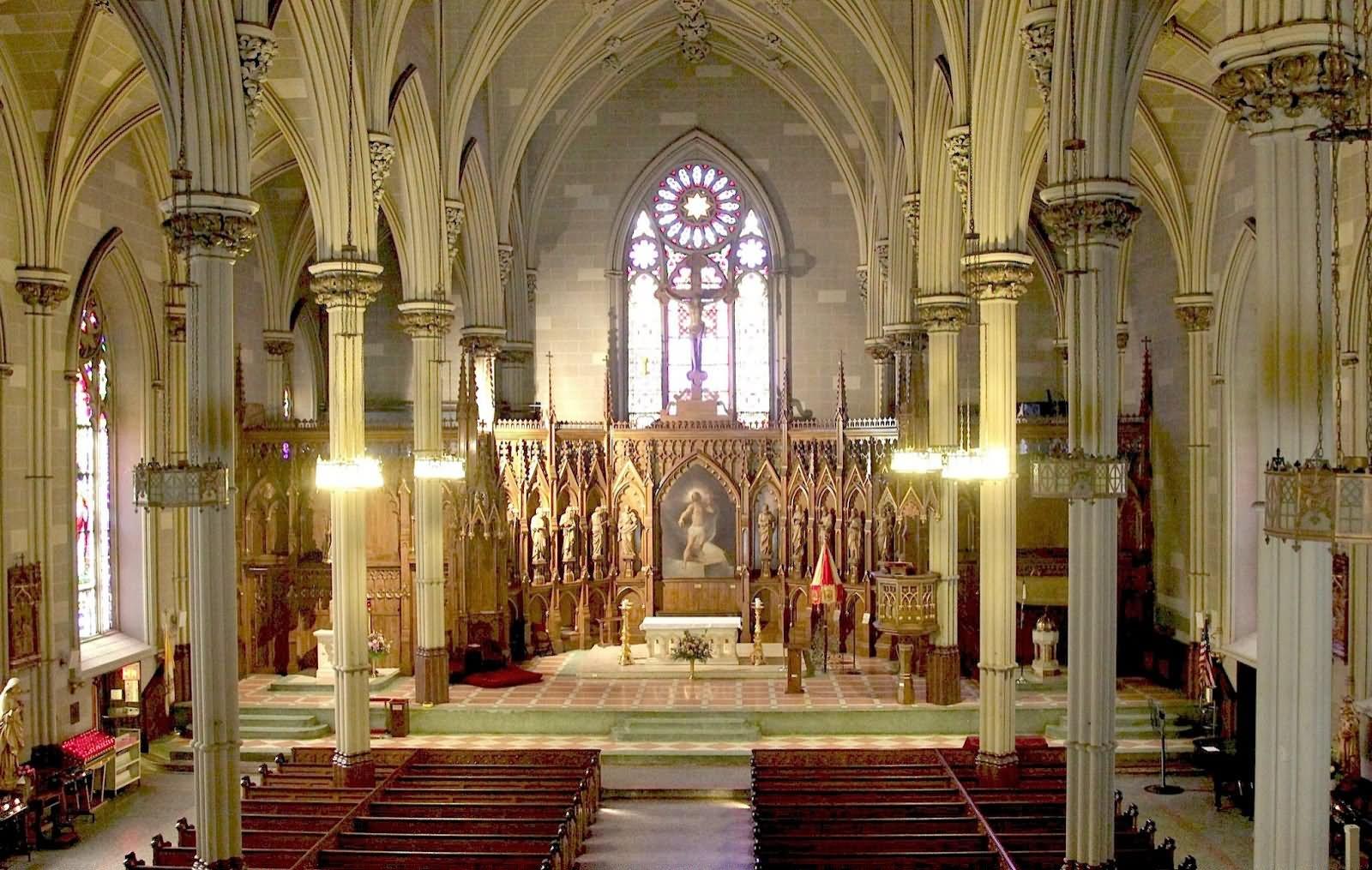 приготовленные этому католический собор фото внутри преобладает