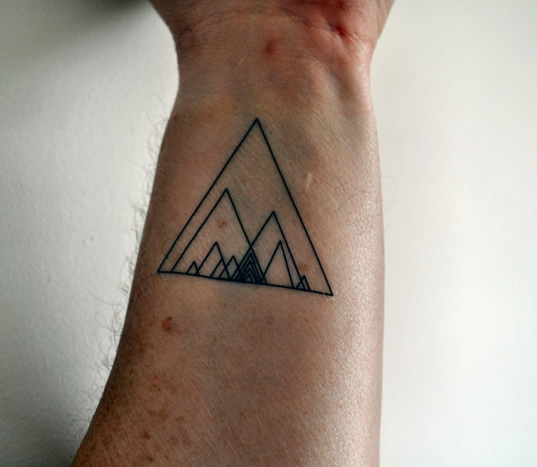 15 Triangle Tattoos For Wrist
