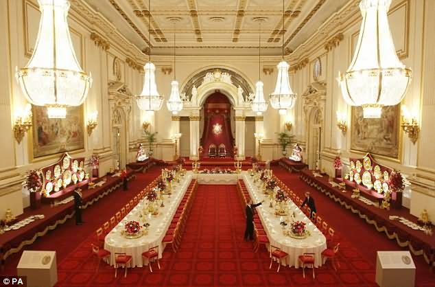 Ballroom Inside The Buckingham Palace - THE MOST BEAUTIFUL INTERIOR PICTURES OF BUCKINGHAM PALACE LONDON