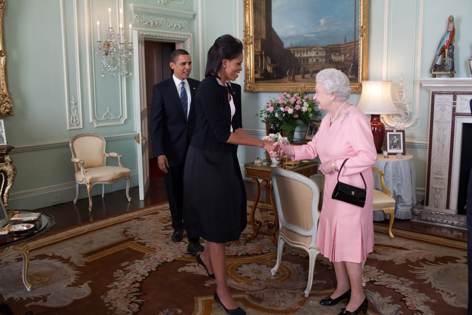 Barack Obama And Michelle Obama Meets Queen Elizabeth II Inside The Buckingham Palace - THE MOST BEAUTIFUL INTERIOR PICTURES OF BUCKINGHAM PALACE LONDON