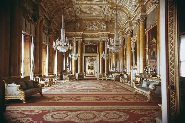 Beautiful Drawing Room Inside The Buckingham Palace