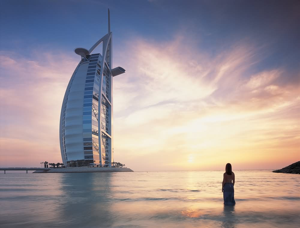 30 most incredible sunset view of the burj al arab for Beautiful hotels in dubai