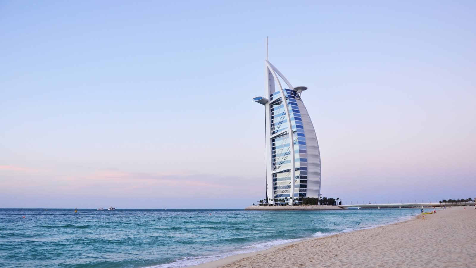 20 very beautiful burj al arab dubai pictures and images for Burj arab dubai