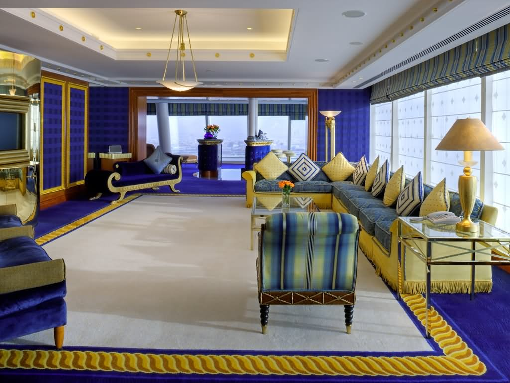 20 most beautiful inside pictures of burj al arab dubai for Burj al arab hotel rooms