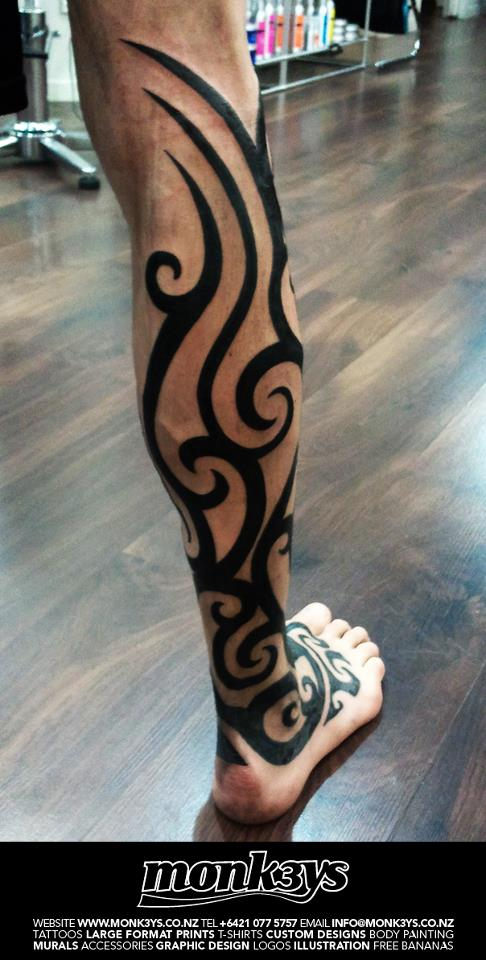 22 best tribal leg tattoos for Thigh tribal tattoos