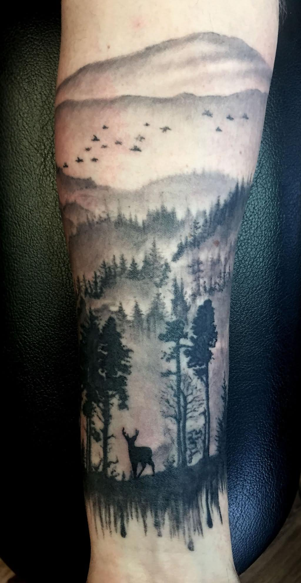 25 Traditional Scenery Tattoos