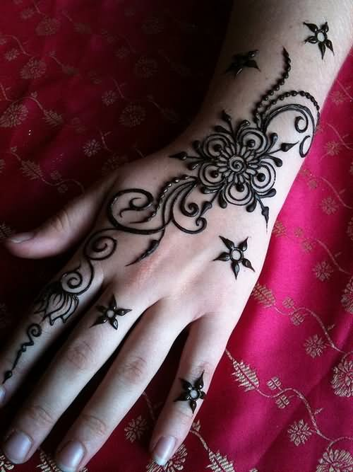 Black Henna Tattoo Designs: 34+ Nice Henna Hand Tattoos