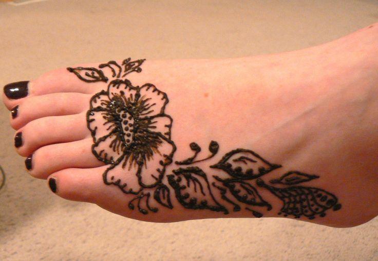 23 wonderful henna tattoos on foot for Black temporary tattoo