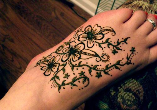 Mehndi Flower Tattoo Designs : 23 wonderful henna tattoos on foot mehndi collection