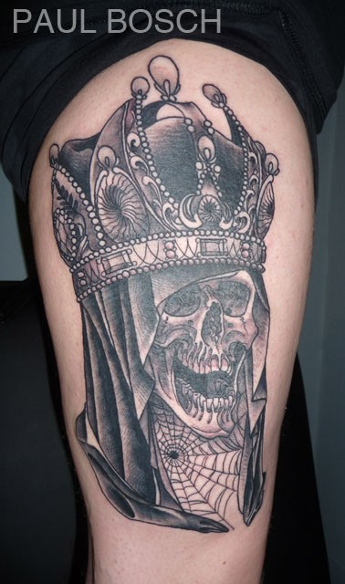 Black king and queen crown tattoo design for couple for King and queen skull tattoos