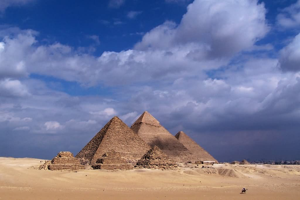 Day Time View Of Egyptian Pyramids