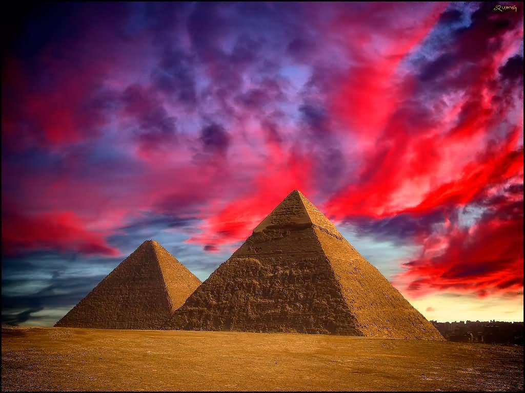 Egyptian Pyramids Looks Amazing During Sunset