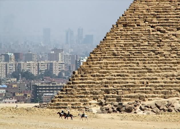 Egyptian Pyramids Of Giza Picture