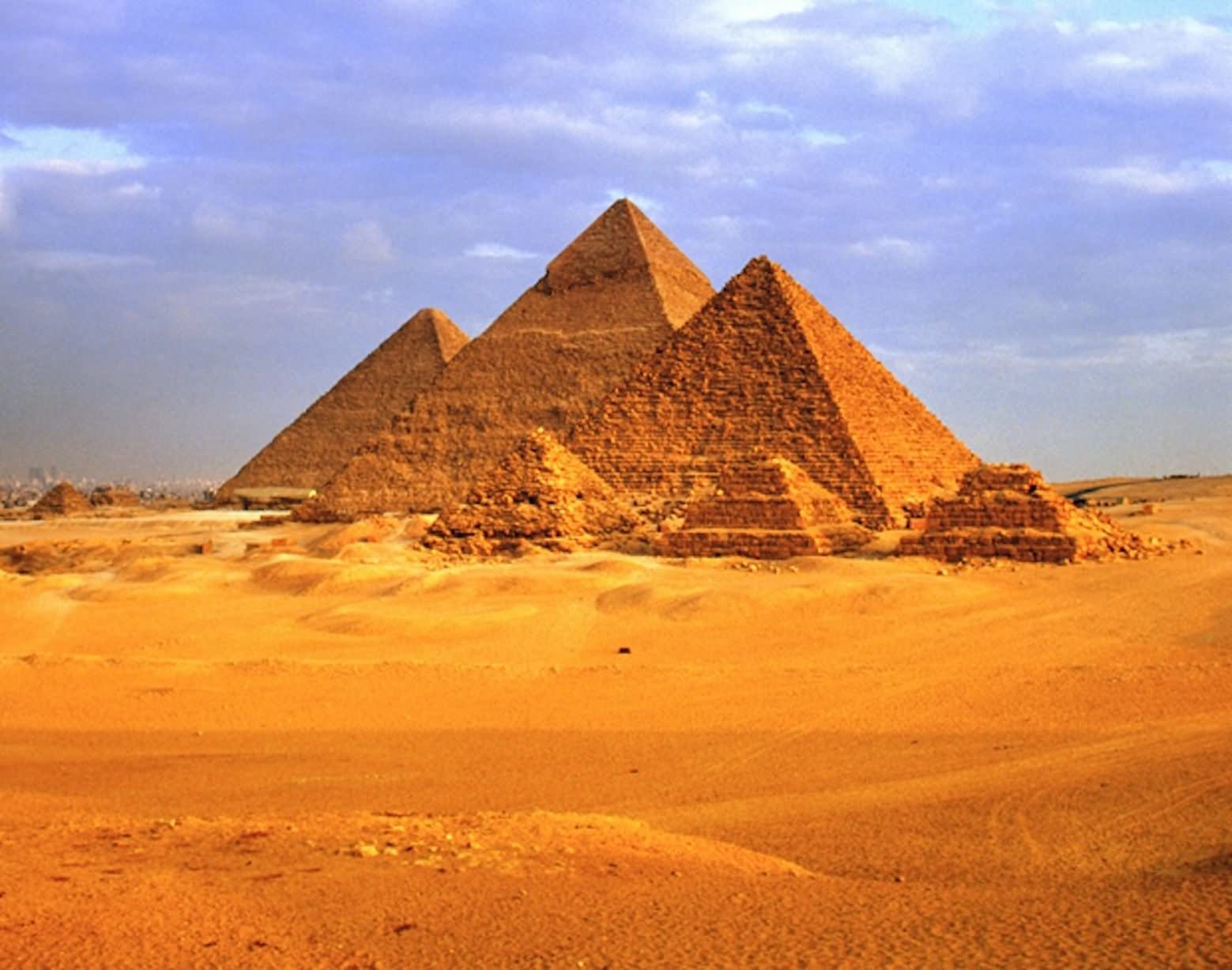 Egyptian Pyramids Picture