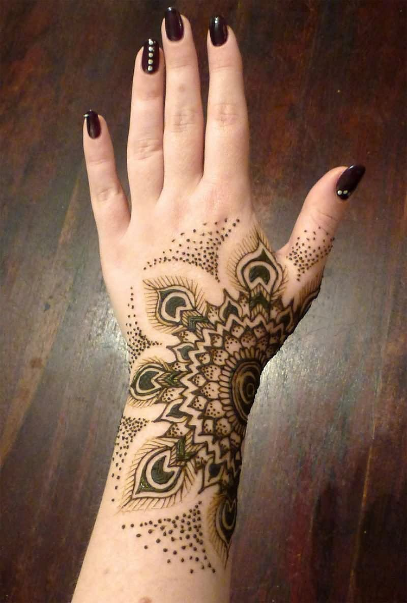 25 simple wrist henna tattoos. Black Bedroom Furniture Sets. Home Design Ideas