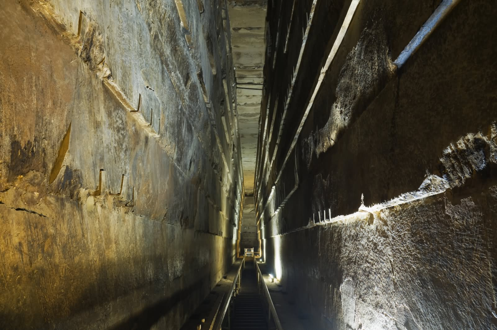 Narrow Way Inside The Egyptian Pyramid Khufu