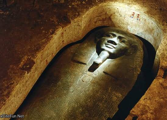 Rare And Unique Pictures Of Inside Egyptian Pyramid
