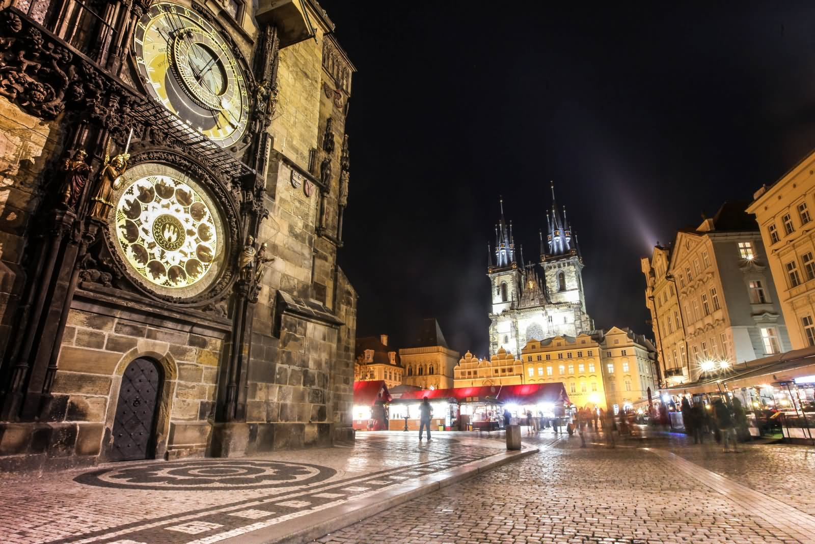 38 most incredible old town square prague night pictures for Prague square