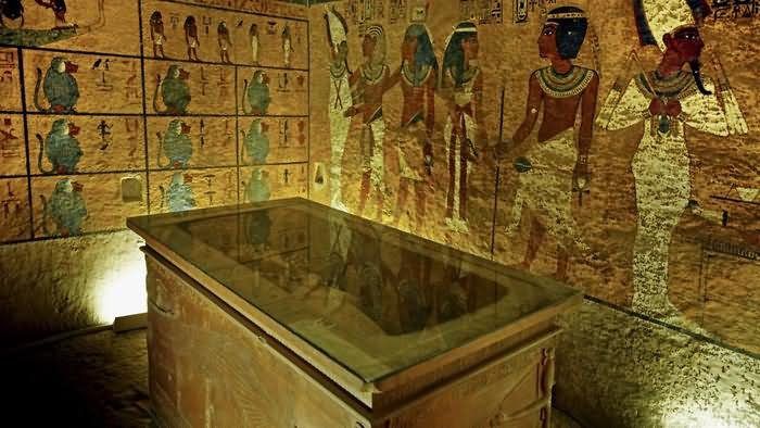 Tomb Inside The Egyptian Pyramid, Egyptian