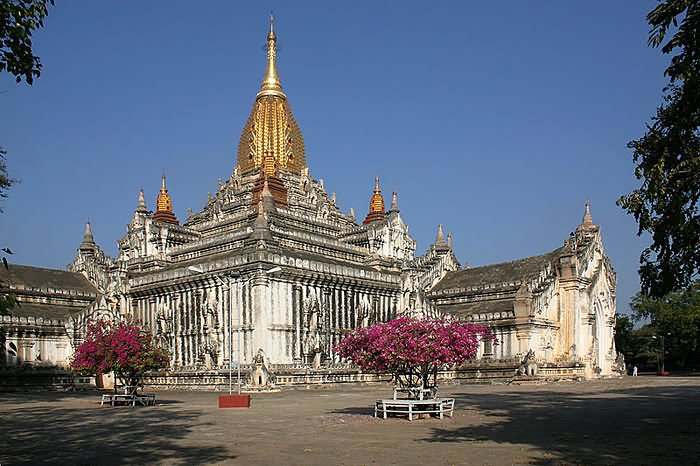 Ananda Temple Picture