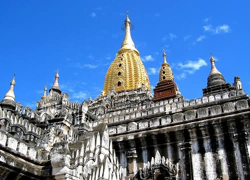 Beautiful Architecture Of The Ananda Temple, Bagan