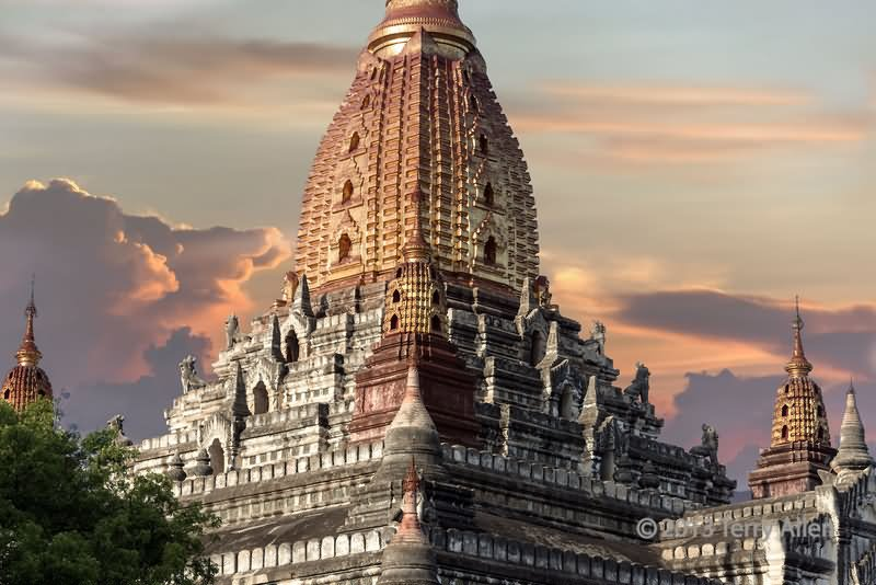 Beautiful Sunset View Of The Ananda Temple