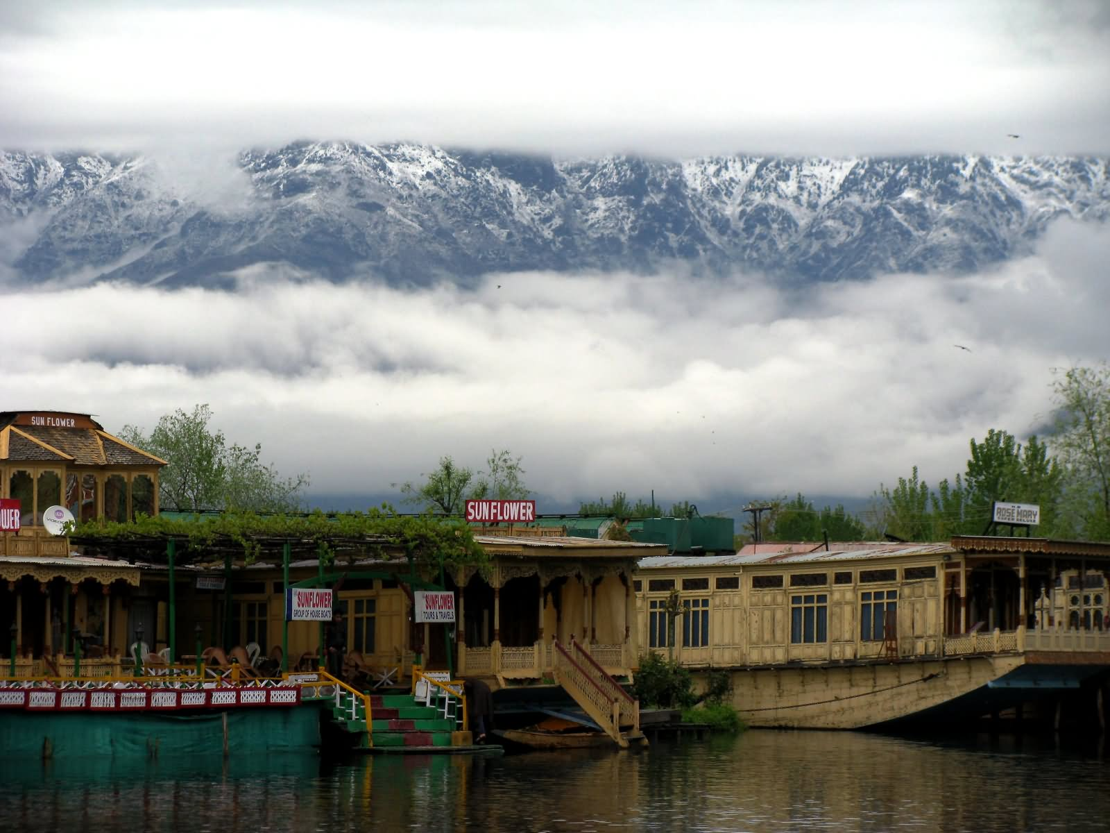 40 Most Beautiful Pictures And Images Of Dal Lake, Jammu