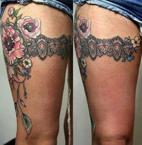 Oberschenkel Schleifen tattoo