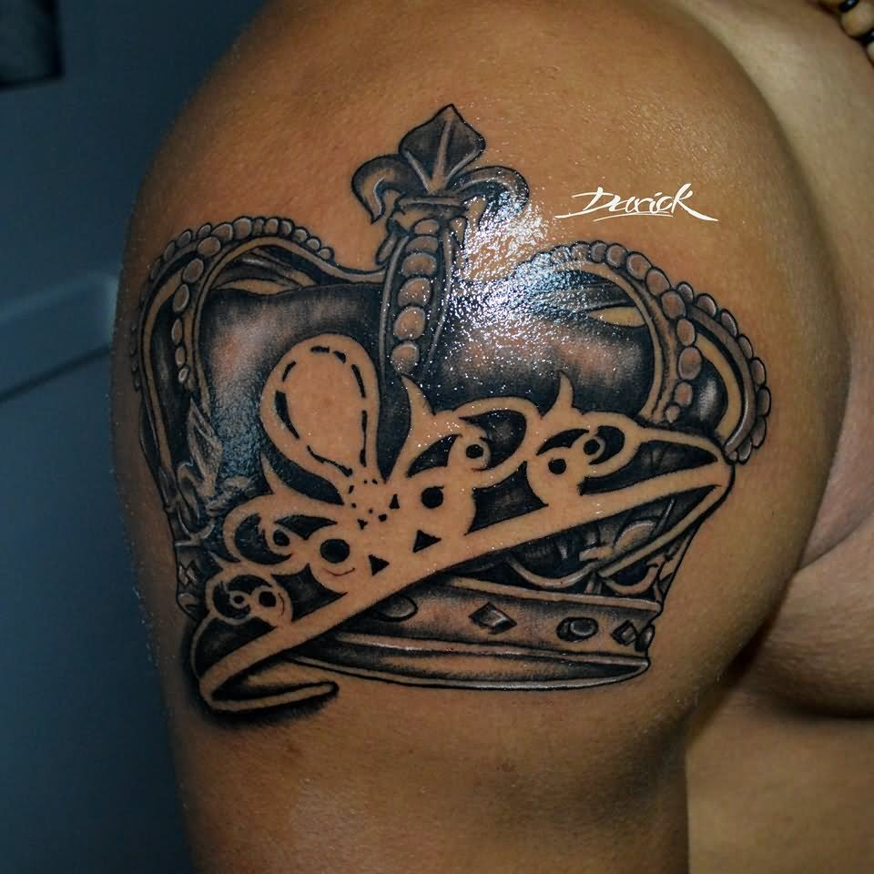 King With Queen Crown Tattoo Design For Shoulder