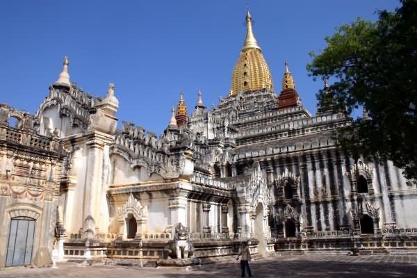 The Ananda Temple In Bagan
