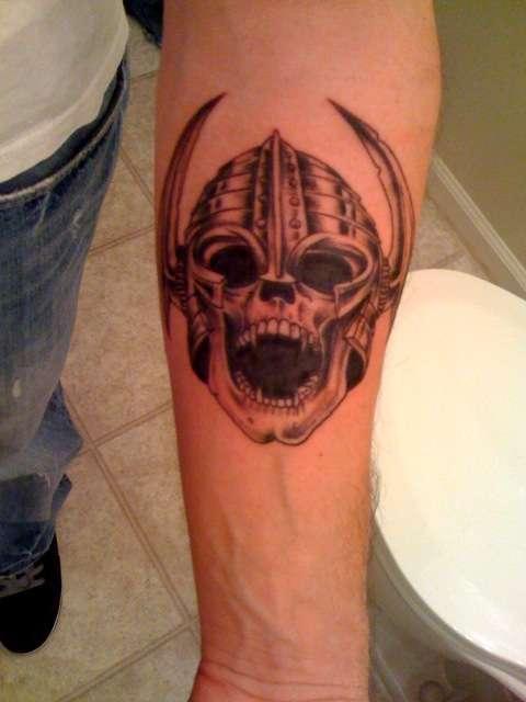 Vampire skull tattoos