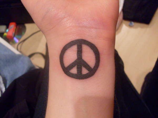 21 amazing symbol tattoos for Peace tattoo designs