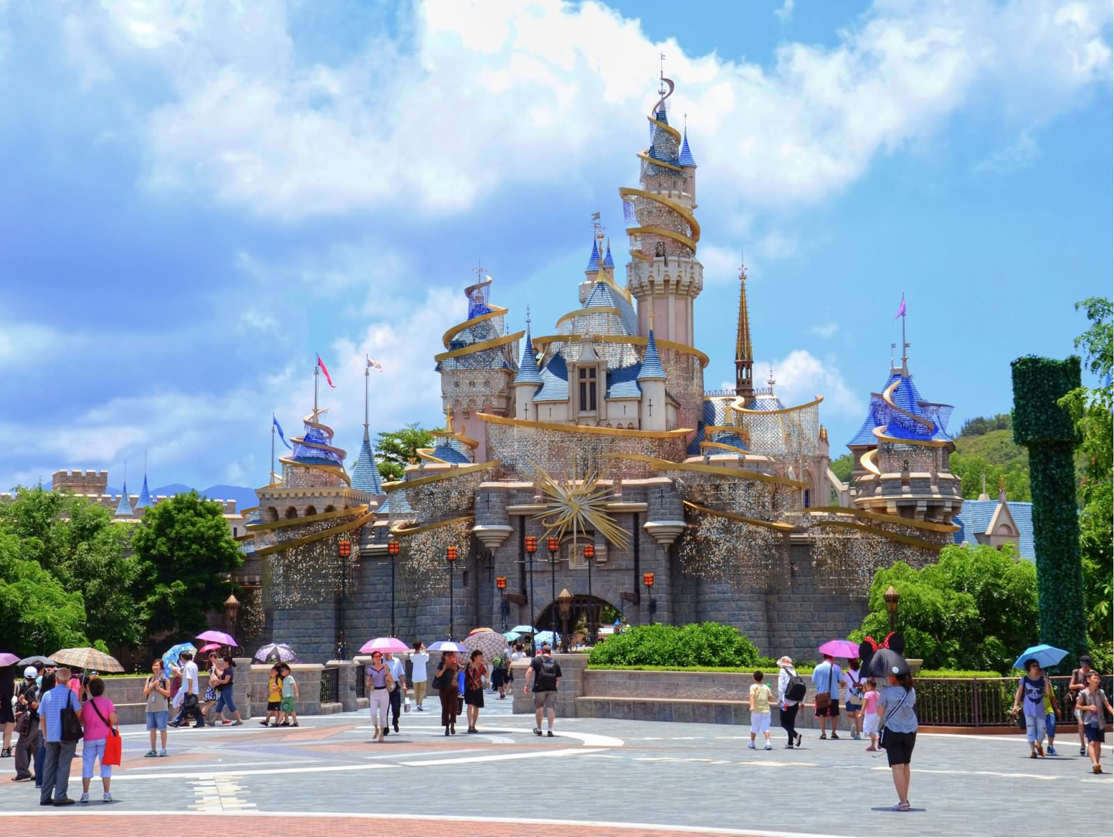 project finance for hong kong disneyland Hong kong disneyland is hiring director, merchandise responsible for overall creative vision strategize and create financial plans bachelor's degree in business.