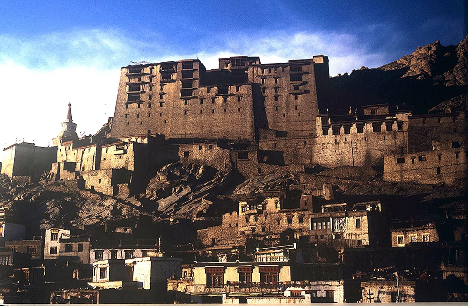 Ancient Palace In Leh The Leh Palace