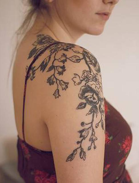 36+ Beautiful Shoulder Flower Tattoos