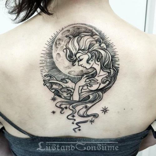Grey Ink Cute Aquarius Tattoo On Upper Back