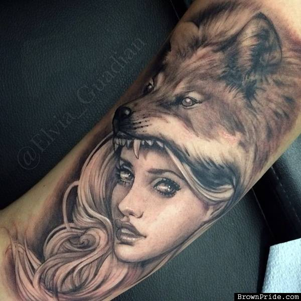 grey ink wolf girl tattoo on bicep by elvia guadian. Black Bedroom Furniture Sets. Home Design Ideas