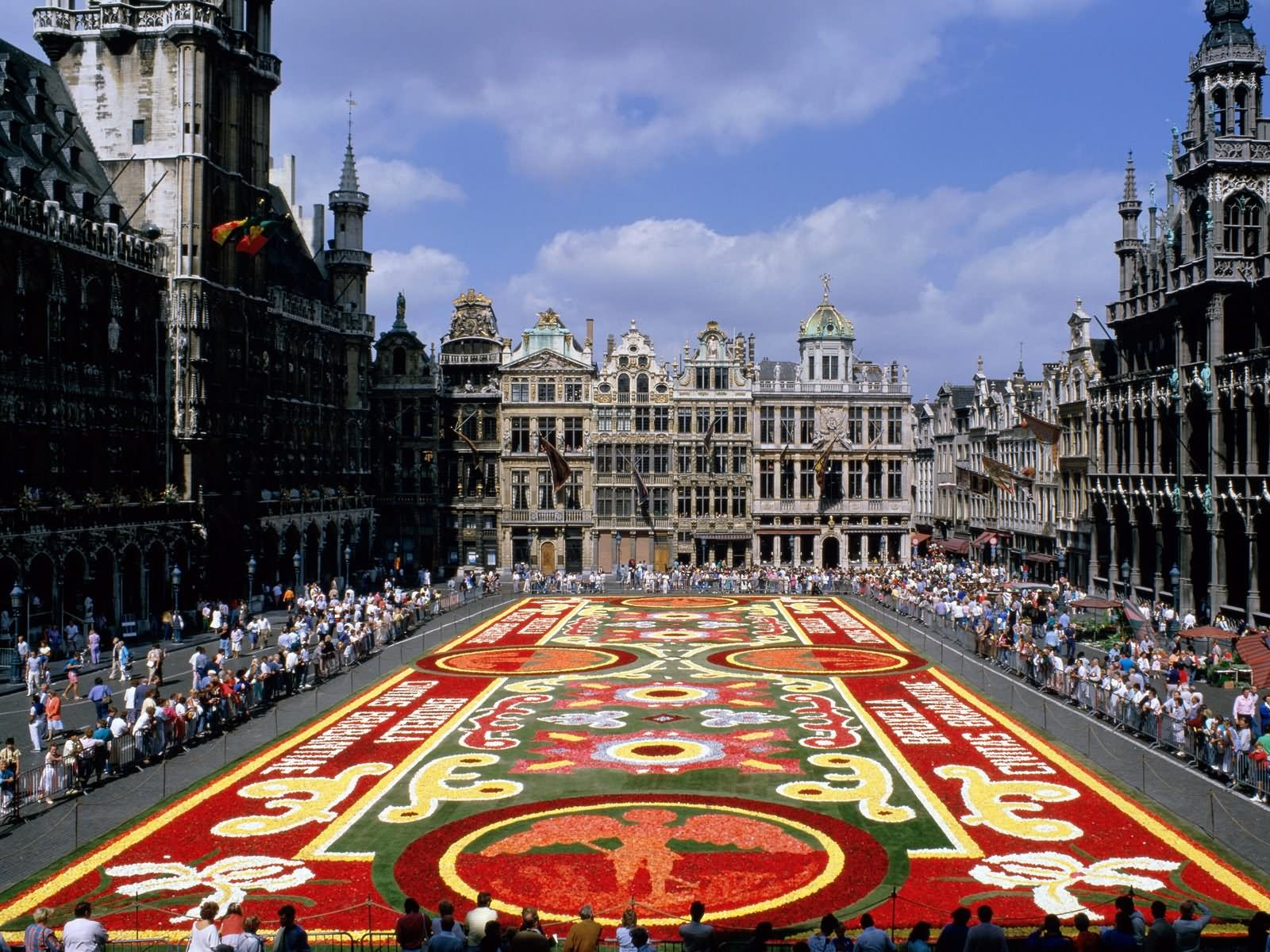 40 Very Beautiful Pictures And Photos Of The Grand Place In Brussels