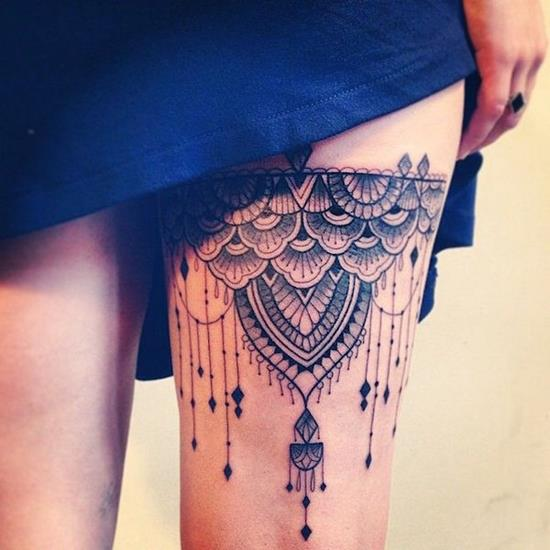 Lace Tattoo On Girl Thigh