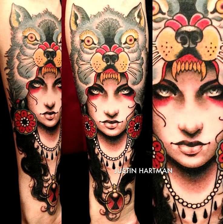 35 amazing wolf girl tattoos for Old school female tattoos