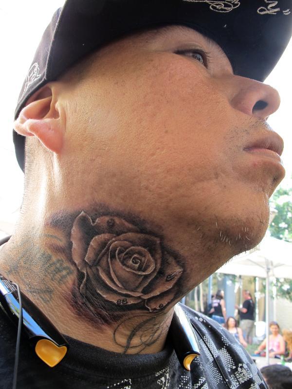 859d2d4ef7163 3D Rose Tattoo On Man Neck