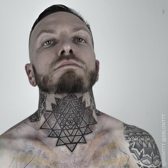 70 Fantastic Neck Tattoos