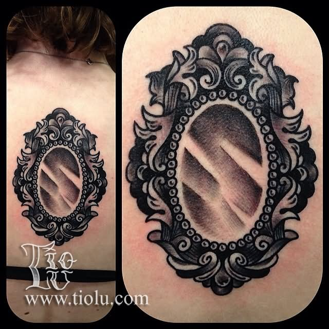 51 beautiful hand mirror tattoos. Black Bedroom Furniture Sets. Home Design Ideas