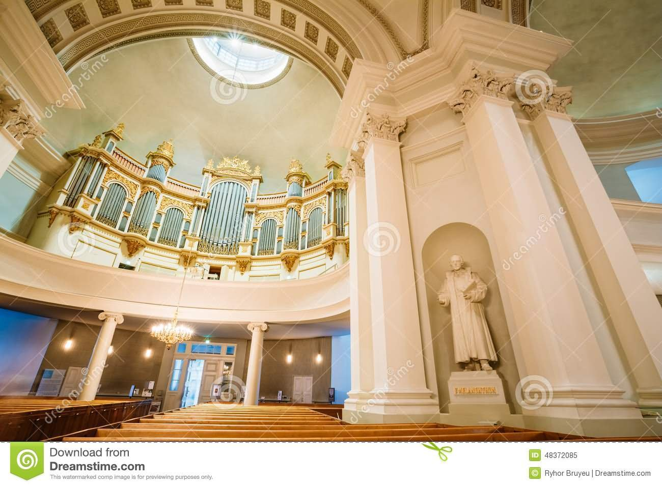 25 Incredible Inside View Images Of The Helsinki Cathedral