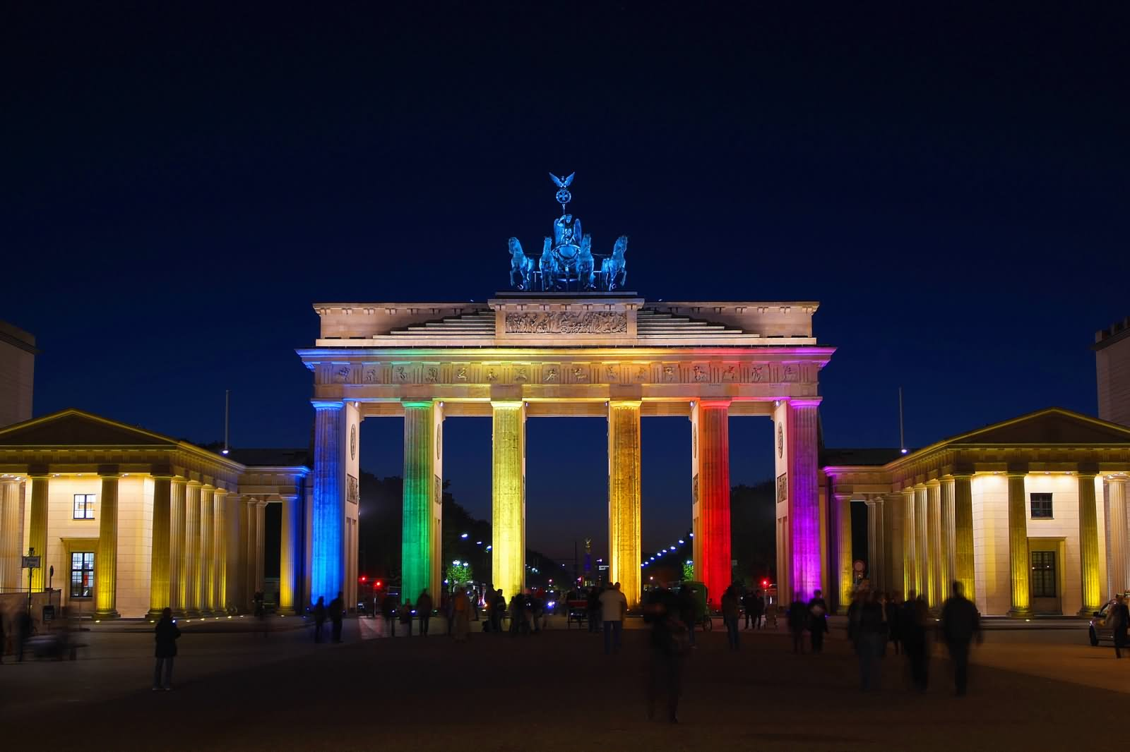 brandenburg gate at night - photo #7