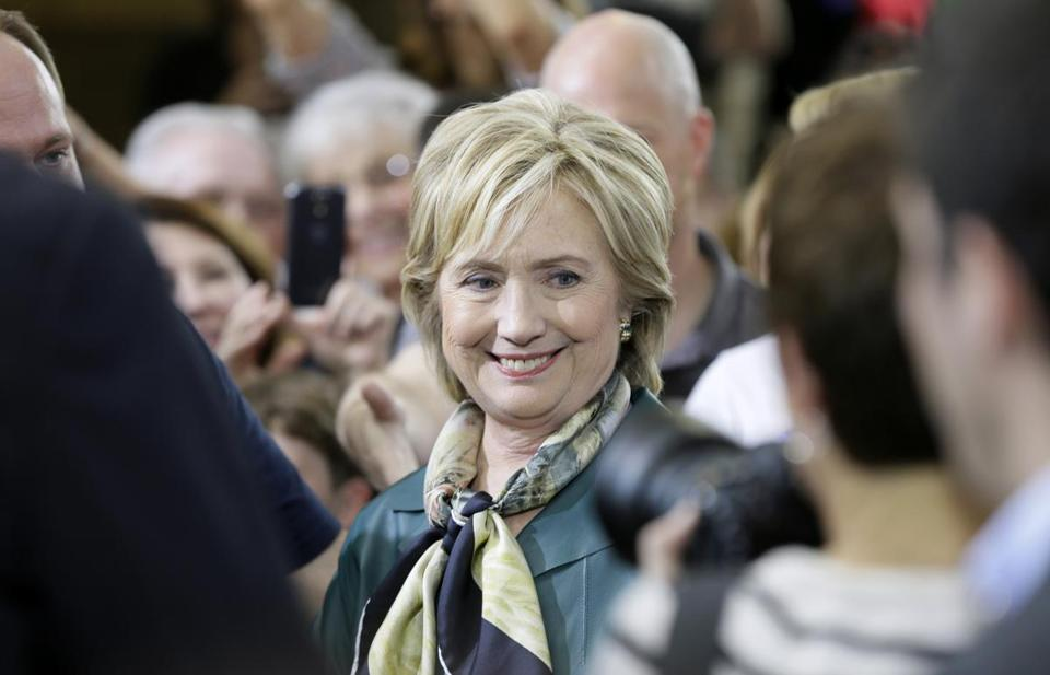 Funny Smiley Face Hillary Clinton Picture