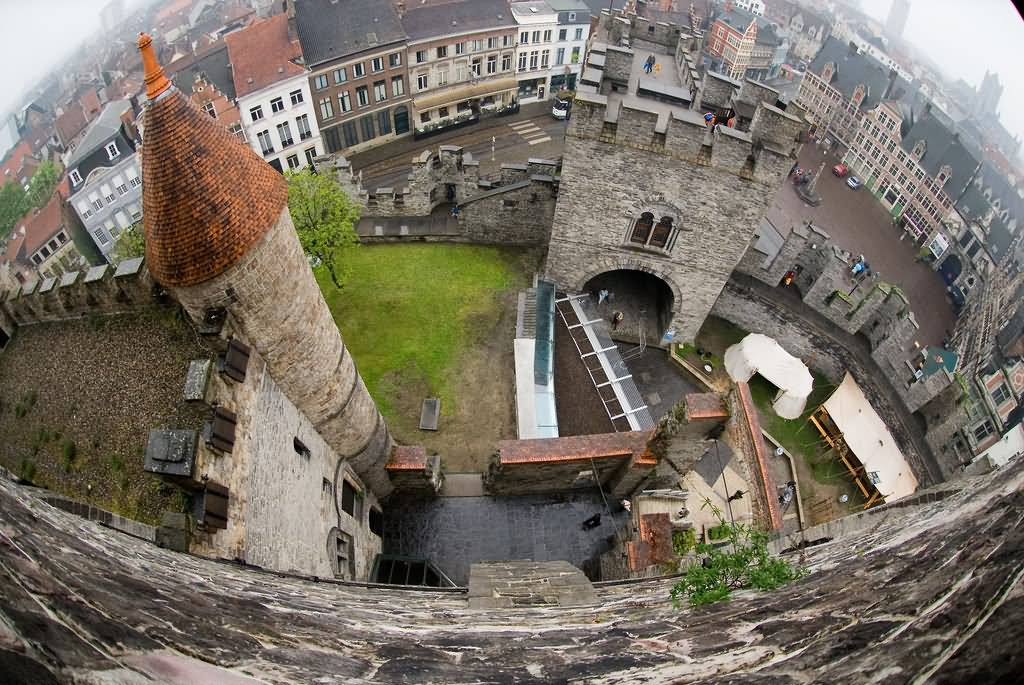 40 Most Amazing Pictures And Photos Of The Gravensteen In
