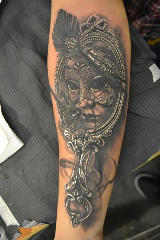25+ Victorian Hand Mirror Tattoo