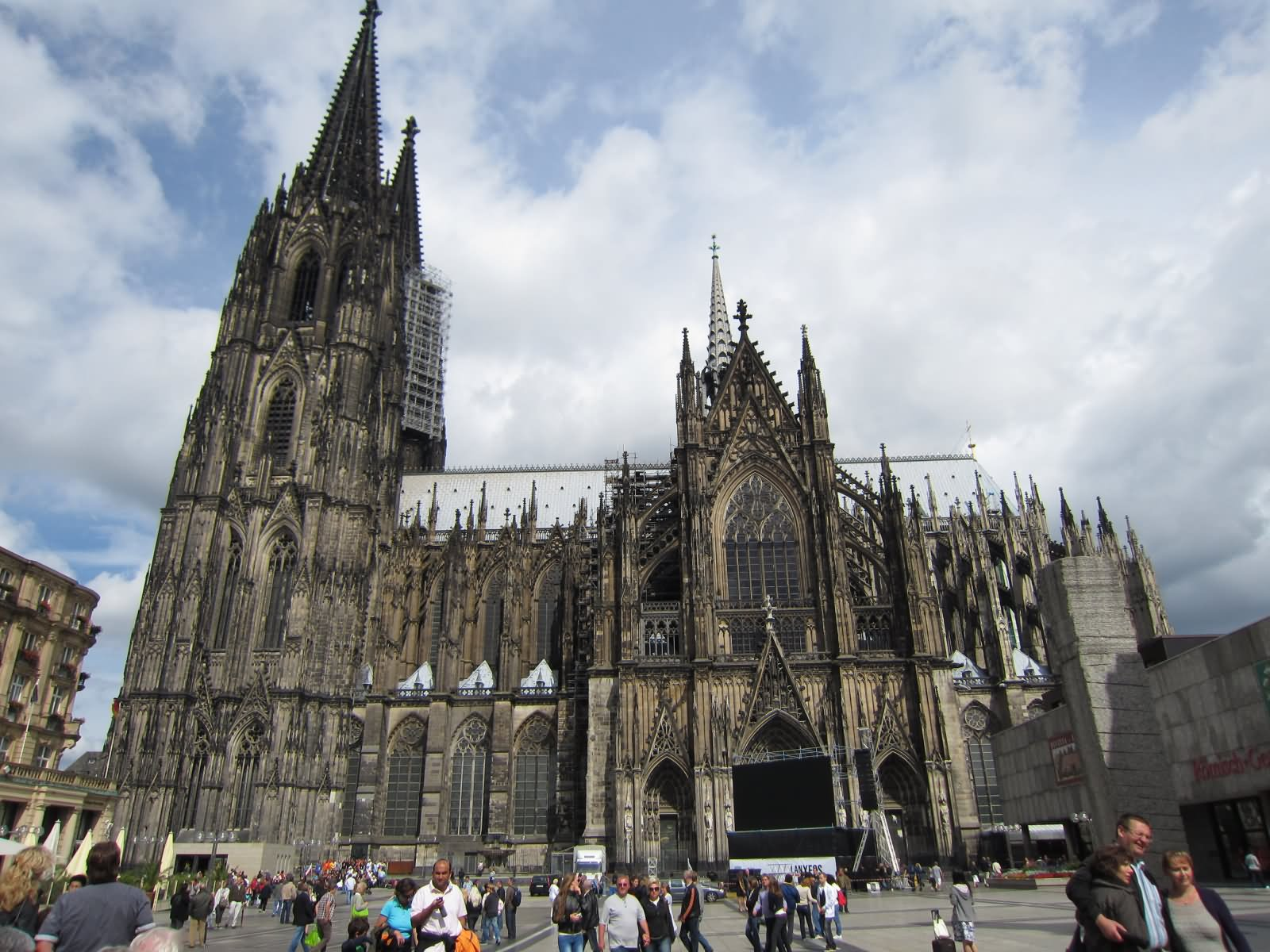 50 most beautiful pictures of the cologne cathedral in germany. Black Bedroom Furniture Sets. Home Design Ideas