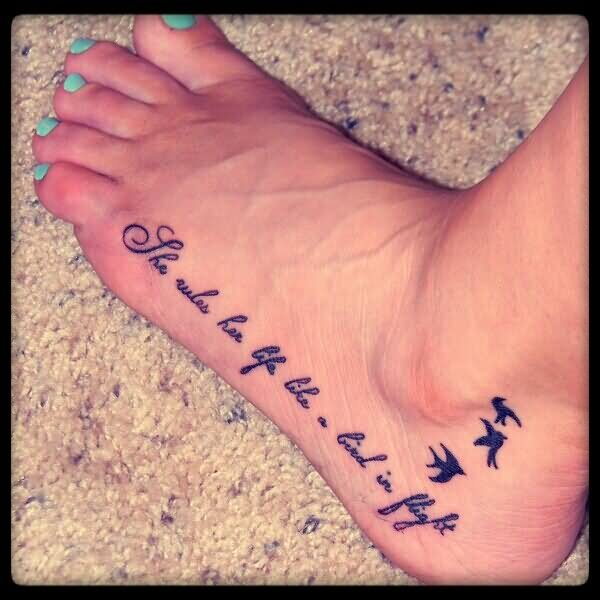 48 famous bird foot tattoos. Black Bedroom Furniture Sets. Home Design Ideas
